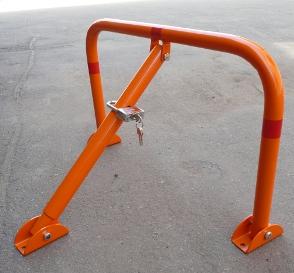 Як і хто має демонтувати незаконно встановлені паркувальні бар'єри